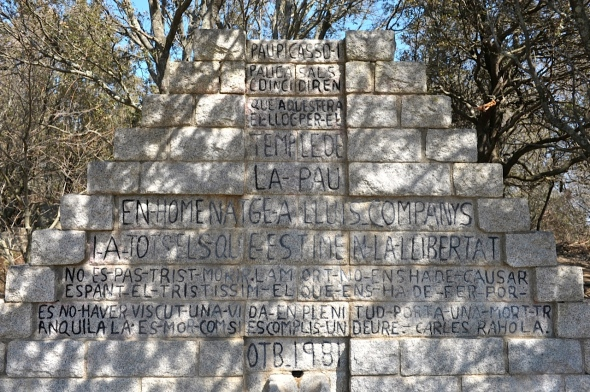 La Retirada Monument