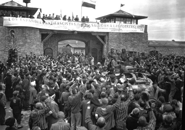 Bevrijding Mauthausen 6 Mei 1945 door de 11de divisie van de Amerikanen