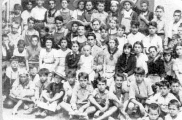 """""""España-México"""" school, Mexico 1937."""