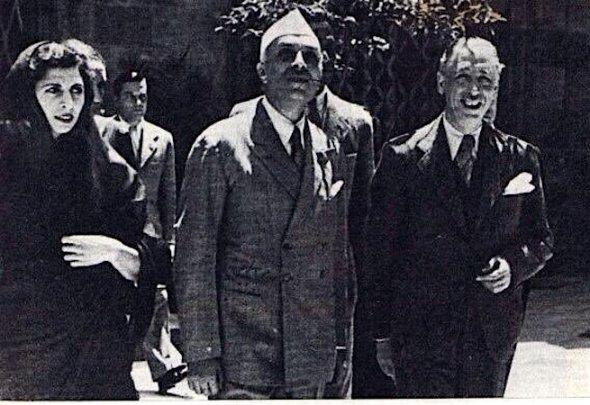 Indira Gandhi, Jawaharlal Nehru en Lluís Companys (president van Catalonië)