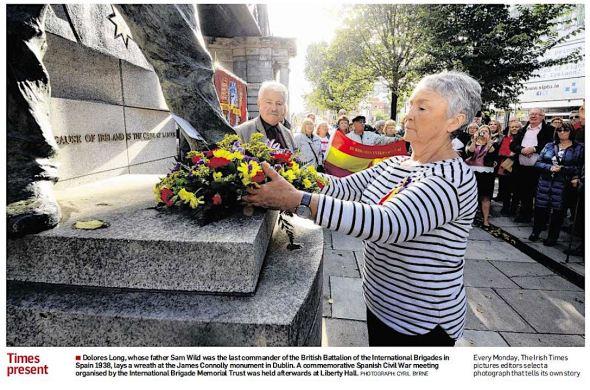 Bloemlegging Conolly monument Dublin