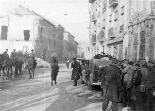 Begrafenis stoet Hans Beimler op weg naar Albacete.